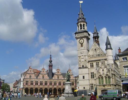Borse van Amsterdam en Belfort (Aalst)