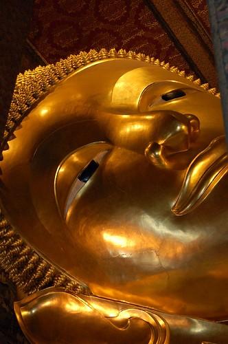 Wat Pho の巨大寝釈迦仏