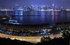 water's edge (wmliu) Tags: nyc panorama usa ny newyork night wow us newjersey view manhattan townhouse pano nj hudsonriver watersedge stitched canonef2470mmf28lusm riverroad 2470mm inthedistance westnewyork ptgui equirectangular wmliu