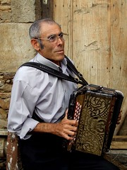 Concertina (Valter Barreira) Tags: pessoas retratos concertina idosos