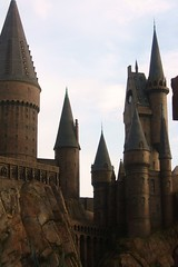 inside The wizarding World of Harry Potter (Daphne Chaos) Tags: world k j chaos village daniel emma harry potter ron watson daphne radcliffe rupert dervish hermione granger rowling the hogsmeade weasley grint banges owlery wizarding ollivanders buttlebeer