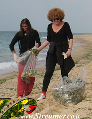 IMG_73799 (Streamer -  ) Tags: ocean sea people green beach nature ecology up israel movement garbage group cleanup clean bags friday  nonprofit streamer initiative enviornment    ashkelon        ashqelon   volonteers