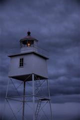 Light In The Storm - by mischiru