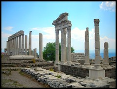 Bergama harabeleri, Ancient Pergamon, zmir, Turkey (Ozgurmulazimoglu) Tags: turkey ancient izmir pergamon bergama tarihi trkiyeturchia