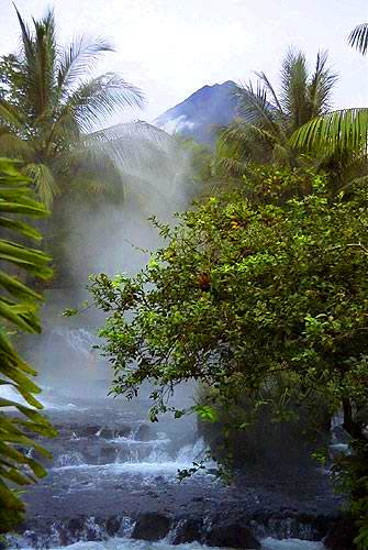 Tabacon Hot Springs and Volcan Arenal. La Fortuna Costa Rica