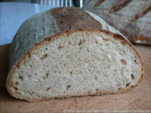 ©Essential's Columbia - Country French-Style Bread 002
