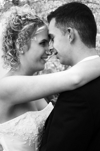 one of my favorite wedding pictures. =)