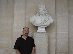 Me and Descartes (MathTeacherGuy) Tags: family paris france statue museum plane geometry musee teacher versailles math mathematics professor graphing scientist philosopher 2007 descartes algebra coordinate cartesiancoordinates interiorsandfurnishings photobygph
