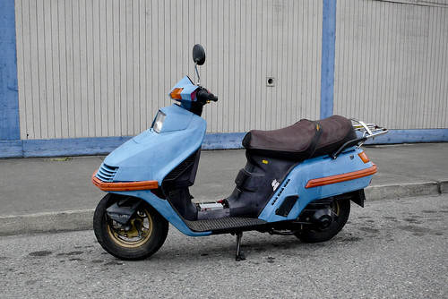 """Blue Scooter""                             070816_JWS_L1010461"