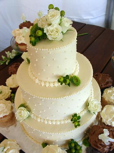 1347821919 4b26d50526 141 ideias de casamento verde e branco