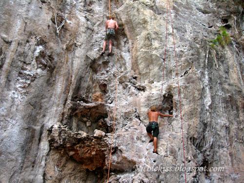 extreme rock climbing 1