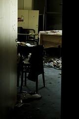 questa casa non  un albergo - this isn't a hotel (Nicola Zuliani) Tags: estate nicola colonia venezia lido abbandonato alberoni residenza coloniaestiva nizu zuliani nicolazuliani coloniamarinaprincipedipiemonte nizuit wwwnizuit
