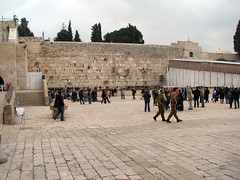 Jerusalem - The Western Wall Plaza (*Checco*) Tags: santa plaza city people muro wall square temple israel peace god stones islam jerusalem letters religion middleeast synagogue holy persone western dio jewish pace christianity jews piazza judaism pilgrimage occidentale holyland oldcity citt lettere judea westernwall wailingwall israele gerusalemme tempio kotel holycity religione cittvecchia terrasanta mediooriente sinagoga pellegrinaggio ebrei cristianesimo ebraismo cittsanta giudea murooccidentale