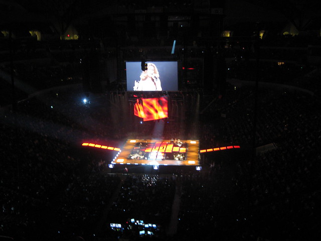 Celine Dion - Dallas, January 5, 2009 by magebi27