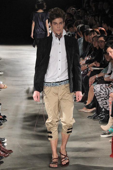 Ran 3012_SS11_Tokyo_GUT'S DYNAMITE CABARETS(Fashionsnap)