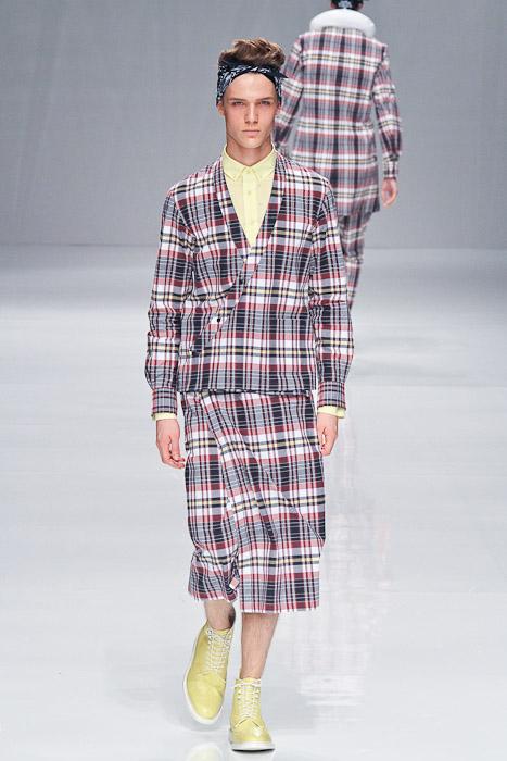 Loammi Goetghebeur3010_SS11_Tokyo_PHENOMENON(Fashionsnap)