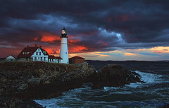 Portland Head - The Last Few Minutes (mlbrookmire) Tags: ocean sunset usa lighthouse clouds maine newengland portlandmaine dramaticsky atlanticocean eastcoast capeelizabeth portlandhead coolclouds fortstevensstatepark portlandheadlighthouse historiclighthouse twtmeiconoftheday wbnawneme