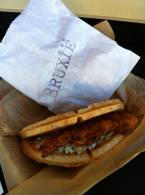Bruxie_fried_chicken_and_waffles