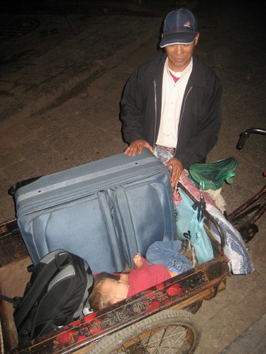 angus_sleeping_rickshaw_1