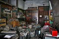 The Old Electronic Repair Shop (DanielKHC) Tags: old man shop radio thailand tv interestingness junk bravo mess chaos sony explore repair chiangmai alpha electronic fp frontpage a100 repairman interestingness3 outstandingshots nohdr tamron1118mm aplusphoto danielcheong 200750plusfaves diamondclassphotographer flickrdiamond danielkhc explorefp explore06jun07