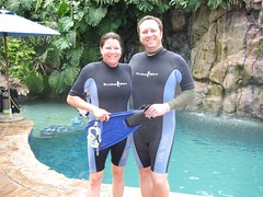 Jen and Tim during their scuba diving lesson. (07/03/07)