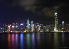 hongkong night (jobarracuda) Tags: hk lumix hongkong harbor nightshot fz50 hongkongharbor panasoniclumix supershot dmcfz50 jobarracuda jobar jojopensica pfogold fotocompetition fotocompetitionbronze fotocompetitionsilver