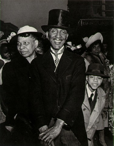 weegee_Easter Sunday,Harlem by lthelema.