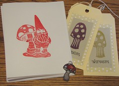 5 Things Mushroom objects (winemakerssister) Tags: mushroom mushrooms gnome swap shrinkydink notecards handcarved carvedstamp 5things fivethings carvedstamps handcarvedrubberstamp carvingstamps