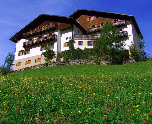 Alloggiare presso pensione o hotel  in Valle Aurina, Alto Adige, Italia