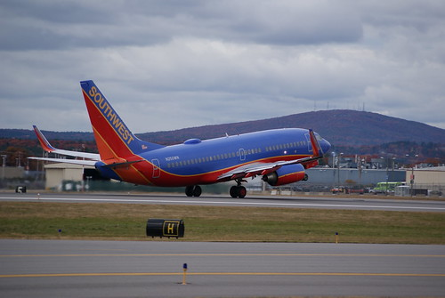 Southwest Airlines Boeing 737-700 N250WN - a photo on ...
