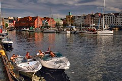Sunbathing at the Bryggen (Sugeo) Tags: norway boat wharf bergen bryggen sunbathing tonemapped wowiekazowie