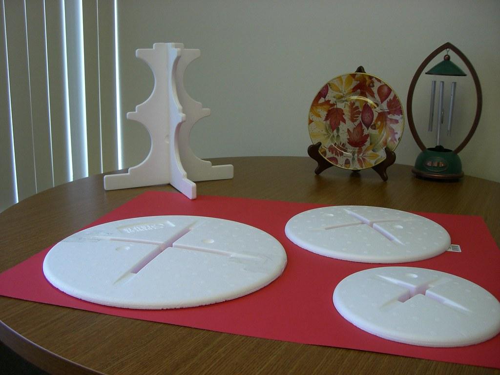 Styrofoam cupcake tier