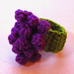 RAD 2010 - #74 - Purple Grapes Crocheted Ring (KnittingGuru) Tags: oneofakind ring grapes crocheted bunchofgrapes purplegrapes crochetring knittingguru adjustablesize rad2010 ring74 created5110
