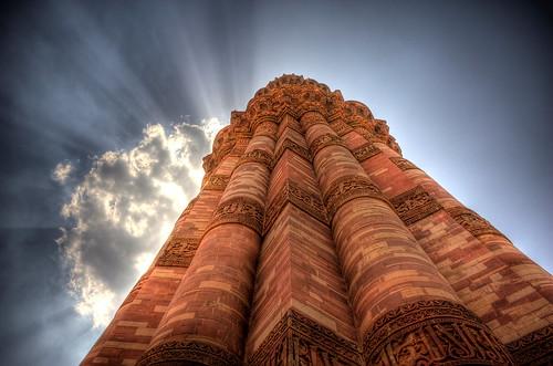 フリー写真素材, 建築・建造物, 塔・タワー, ミナレット, クトゥブ・ミナール, 世界遺産, インド,