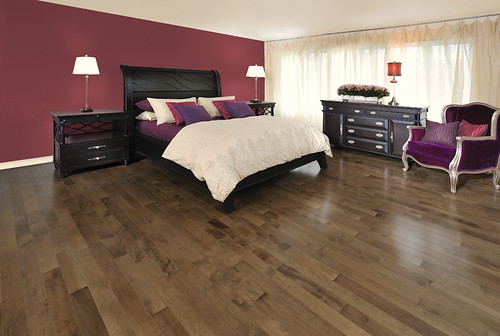 Mirage Maple Savanna [Bedroom] with Black Bedroom Furniture