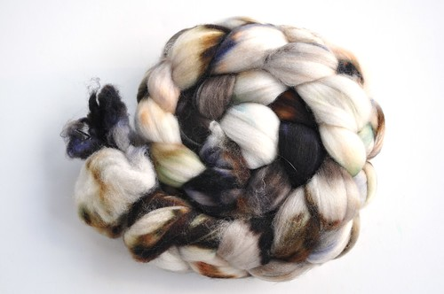 Pigeonroof Studio-Regular Fiber Club-September 2010-Stormcloud-4oz sw merino-back