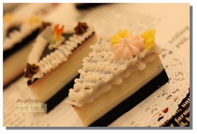 天使媽媽夾心幕斯蛋糕皂2