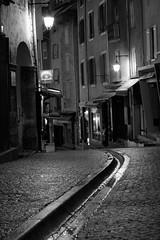La gargouille (turbodiesel) Tags: blackandwhite bw france night canon 50mm nightimages brianon francia notte gargouille biancoenero briancon canon50mm earthnight