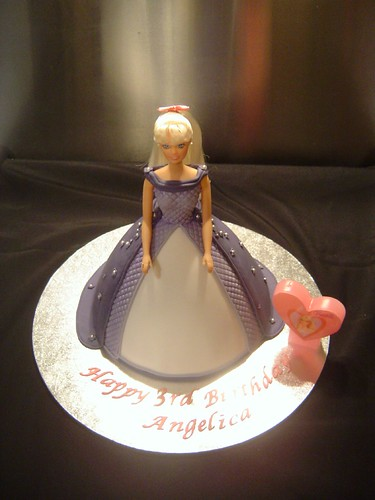 The Bride And Stork Cake Designs