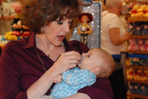 Eli and Joan Cusack 20100616