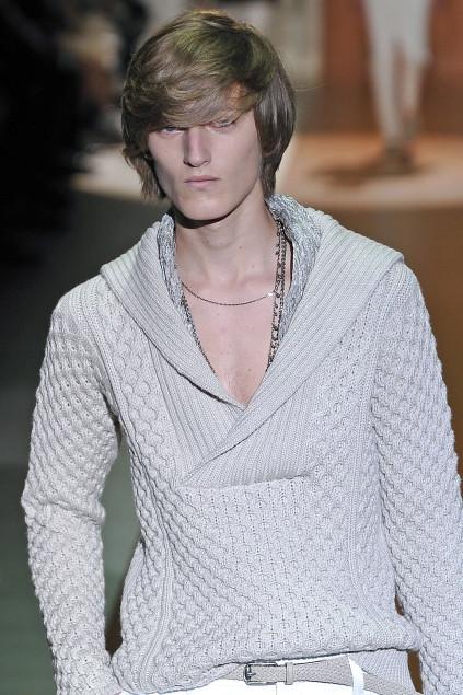 Demy Matzen3058_SS11_Milan_Gucci(first VIEW)