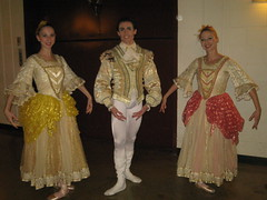 EBC CInderella Ball ladies red, yellow and ball man 2