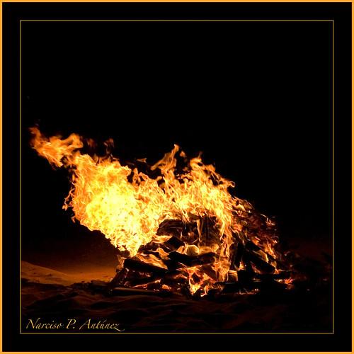 Fotografía: fuego sanjuanero