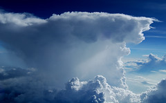 Cumulonimbus (HawkeyePilot (limited Flickr time)) Tags: weather delta cumulonimbus b757 naturesfinest supershot dsc0331