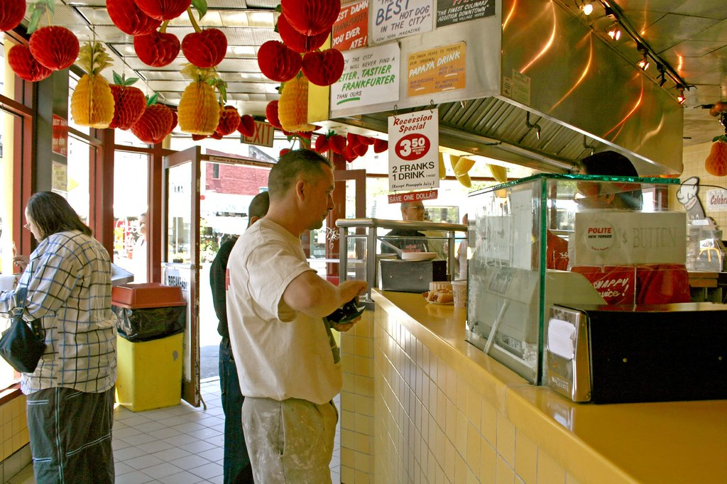 Interior of Gray's Papaya