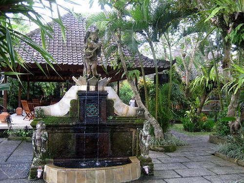 Puri Saraswati 3