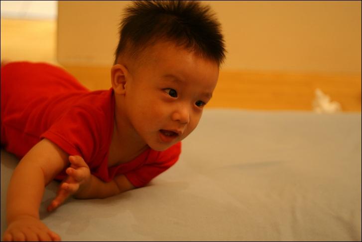 彥小白房玩(快1歲)23
