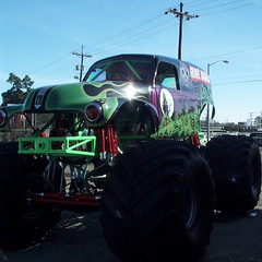 Photography Weekly Challenge (Cars N Trucks) (Jobe Roco) Tags: 2002 black green truck louisiana lafayette purple gravedigger monstertruck dc240 4306 photographyweeklychallenge