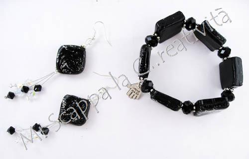 Gioielli Black & Silver 4601480130_4f0102b6b6_o