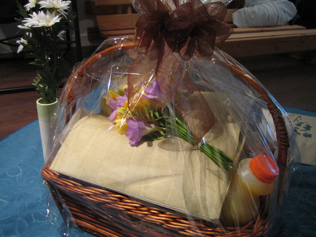 Picnic Basket from Pusateri's